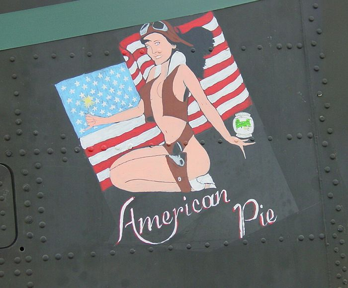 The nose art of 89-00138, circa July 2002.