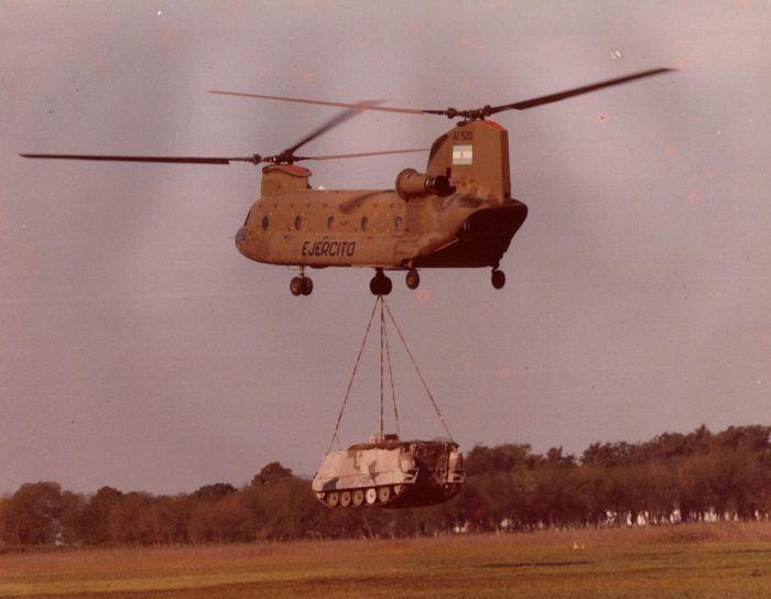 Hélicoptères AE-520_1