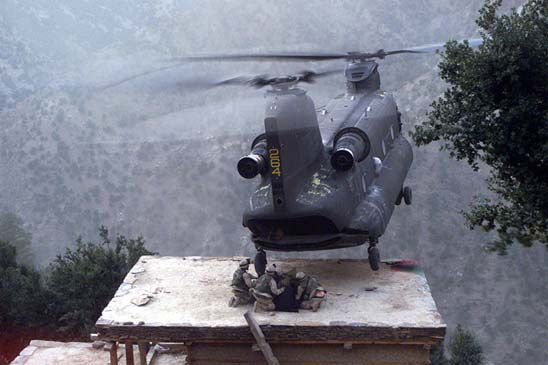 Boeing S Ch 47 Chinook Helicopter Waging The War Against